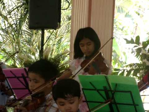 mAiden jOy sarmiEnto pLaying as The dEer