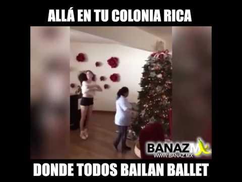 Bailando ballet con la ama de llaves (la muchacha)