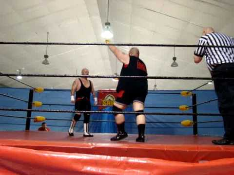 Shooter Storm vs Pierre the Beast Vachon