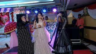 Mahi Ve (Chanda mere chanda tujhe kaise mqi Ye Samjhau) Bride & Bridesmaid's performamce