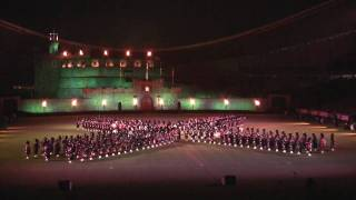 2010 Royal Edinburgh Military Tattoo in Australia 02b Massed Pipes and Drums Part 2