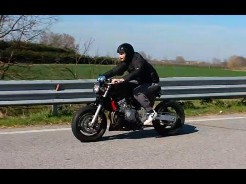 Honda Hornet 600 Caf 232 Racer A Carburatori Primi Test Su