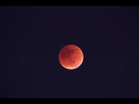Eclipse Lunar se aprecia en Torreón.