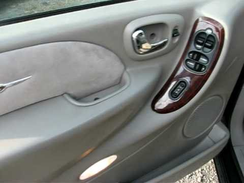 2002 chrysler town and country limited - YouTube