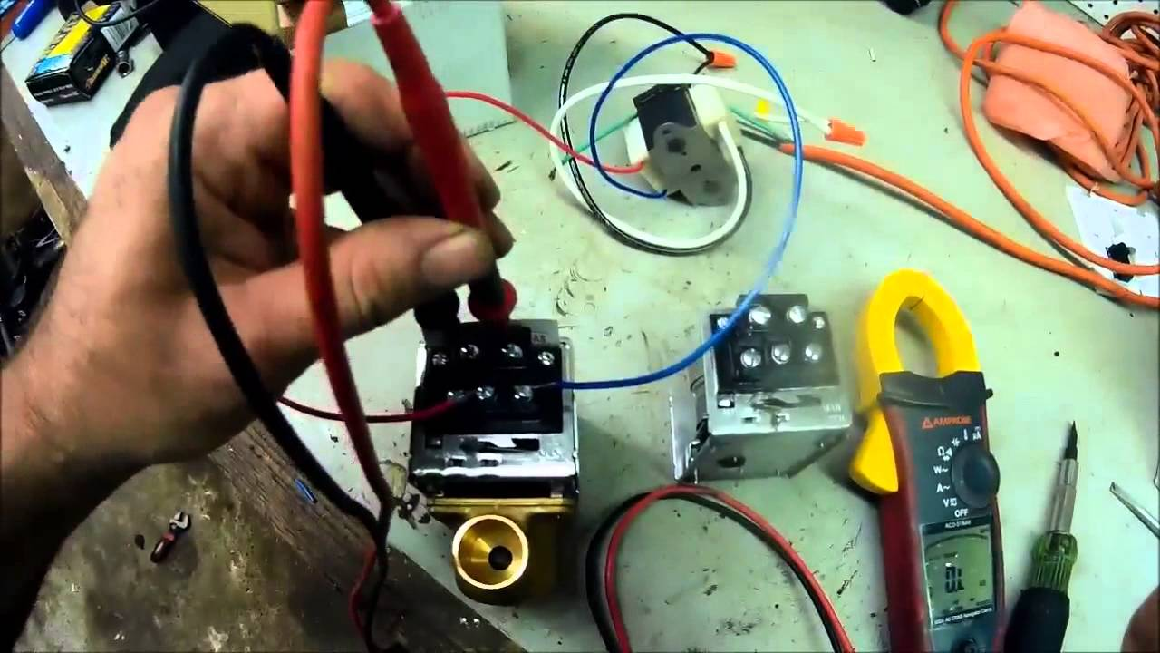 Honeywell Zone Valve Tear Down V8043f1036 Youtube Ra832a Wiring Diagram
