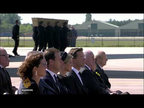 Remains of MH17 victims arrive in The Netherlands