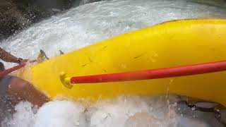 Video Rafting in Rio Pacuares (Category 4)...Carmen falls download MP3, 3GP, MP4, WEBM, AVI, FLV Maret 2018