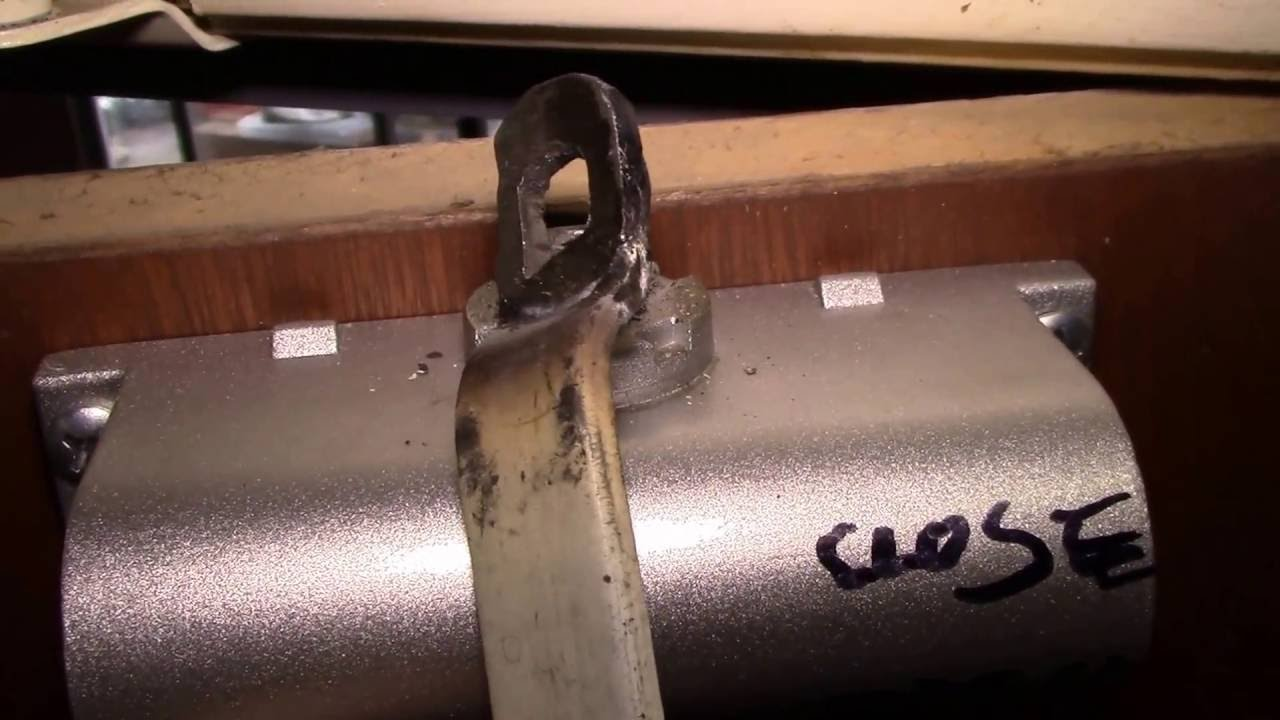 Repairing a Broken Door Closer - YouTube