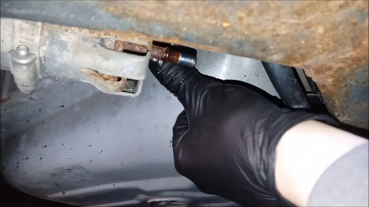 in depth how to replace fuel filter 2002 grand marquis youtubein depth how to replace fuel [ 1280 x 720 Pixel ]