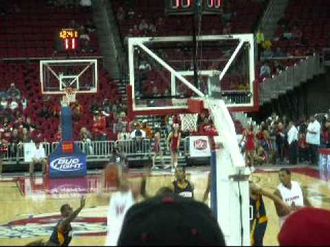2-19-11 FRESNO STATE BASKETBALL GAME