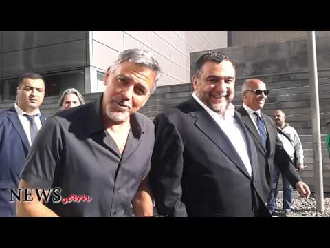 George Clooney greets Armenian journalists in Armenian