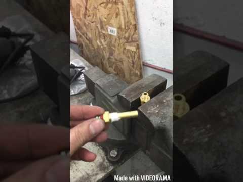 hook up oil pressure gauge