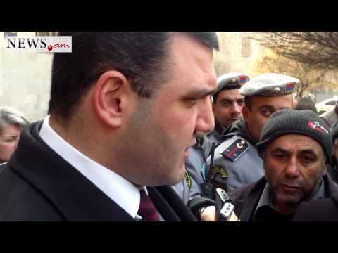 Armenian prosecutor general Gevorg Kostanyan is speaking with killed soldir's mother