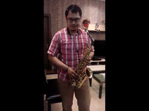 Somewhere over the rainbow - alto saxophone
