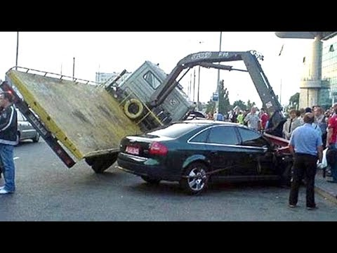 Ultimate TRUCK And CAR FAILS! Stupid Drivers Compilation 2017