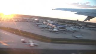 Boeing 737 Take Off Charlotte Douglas International Airport