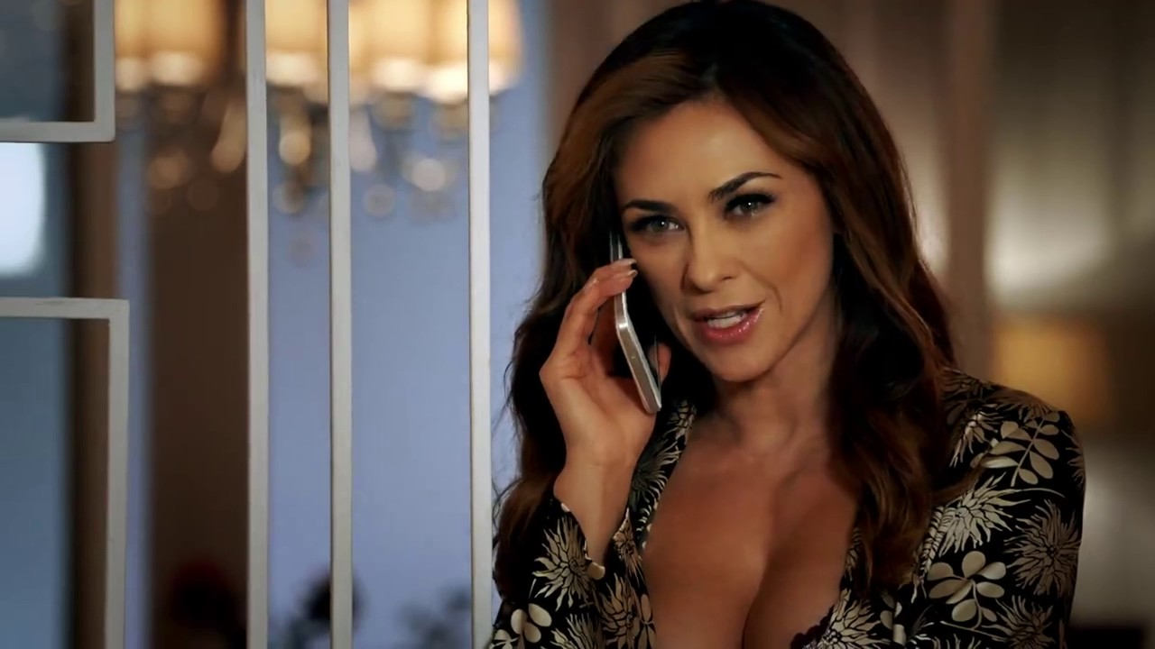 Aracely Ar225mbula es La Do241a YouTube