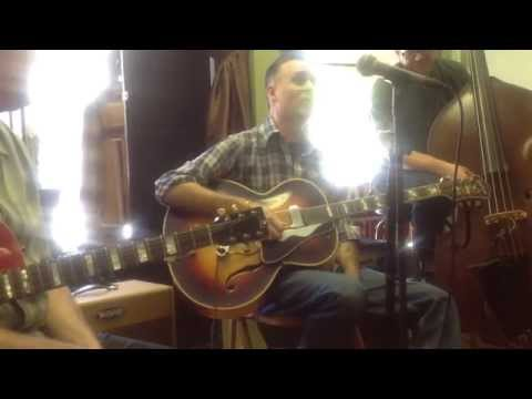 Deke Dickerson sharing Jimmie Widener 's Epiphone from The Texas Playboys