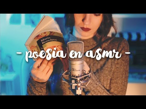 ASMR ❀ reading poetry in spanish (tapping, whisper, crunchy...)