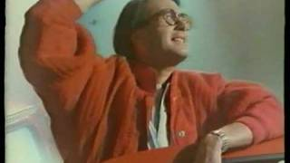 ANUNCIO TONICA SCHWEPPES AÑOS 80 (ovni)