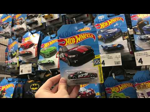Hot Wheels HUNTING at KMART with SUPER TREASURE HUNT FIND!!!