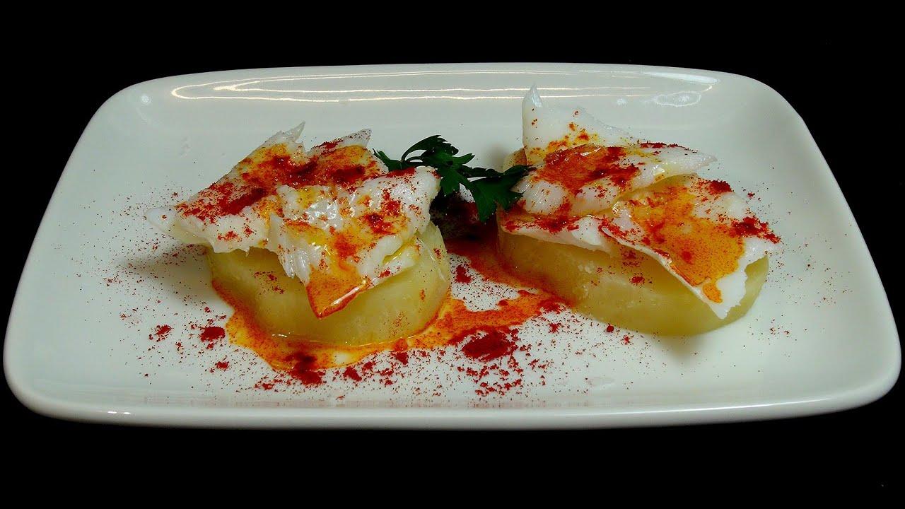 Pintxo de bacalao con patatas y pimenton recetas de - Bacalao con garbanzos y patatas ...