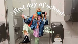 my first day at nail school! 💅🏻🎒🏫