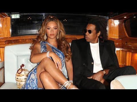Beyonce-and-JAY-Z-Stun-During-Italian-Getaway