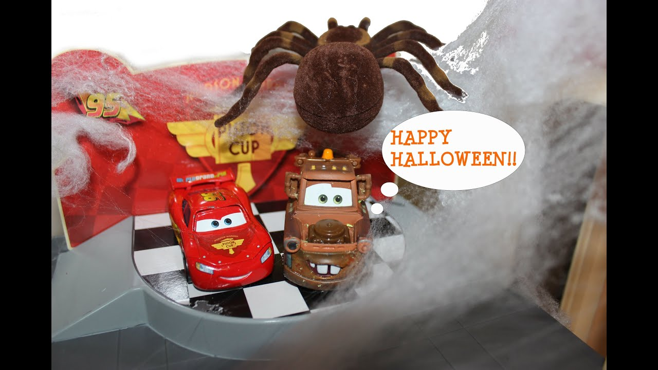 Disney Pixar Cars Lightning McQueen Mater Visit A Haunted House For Hal