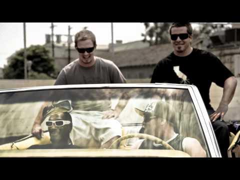 Gz and Hustlas - Snoop Dogg (ft. Slightly Stoopid) (Live at Blazed & Confused Fest)