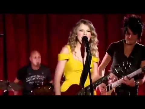 Taylor Swift singing Mine Live CMA Music Festival 2010 NEW