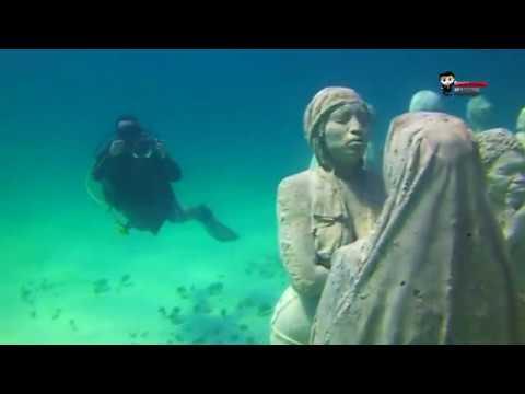 taman-wisata-bawah-laut-cuncun,-museum-bawah-laut-terbesar-di-dunia
