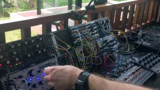 Dapayk - Elektron Octatrack sequencing a Modular Synth