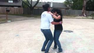 Nuestras Ridiculeses Dancing to Por Amarte a Ciegas [Bachata Version]