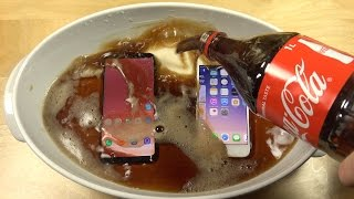Samsung Galaxy S8 vs. iPhone 7 Coca-Cola Test!