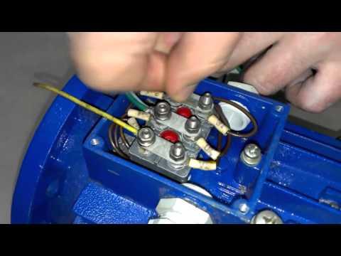 Как быстро и просто подключить трехфазный двигатель в однофазную сеть  DuMA8819