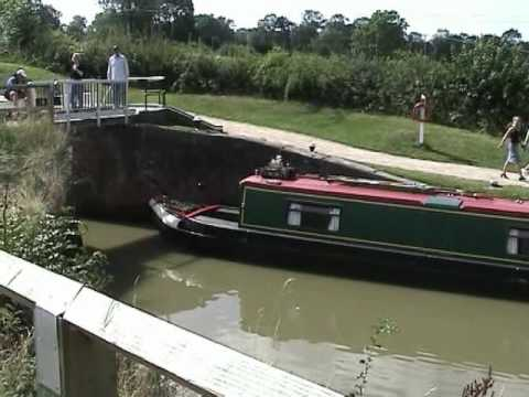 Foxton Locks Canal Boats and Wildlife on a Summer Day