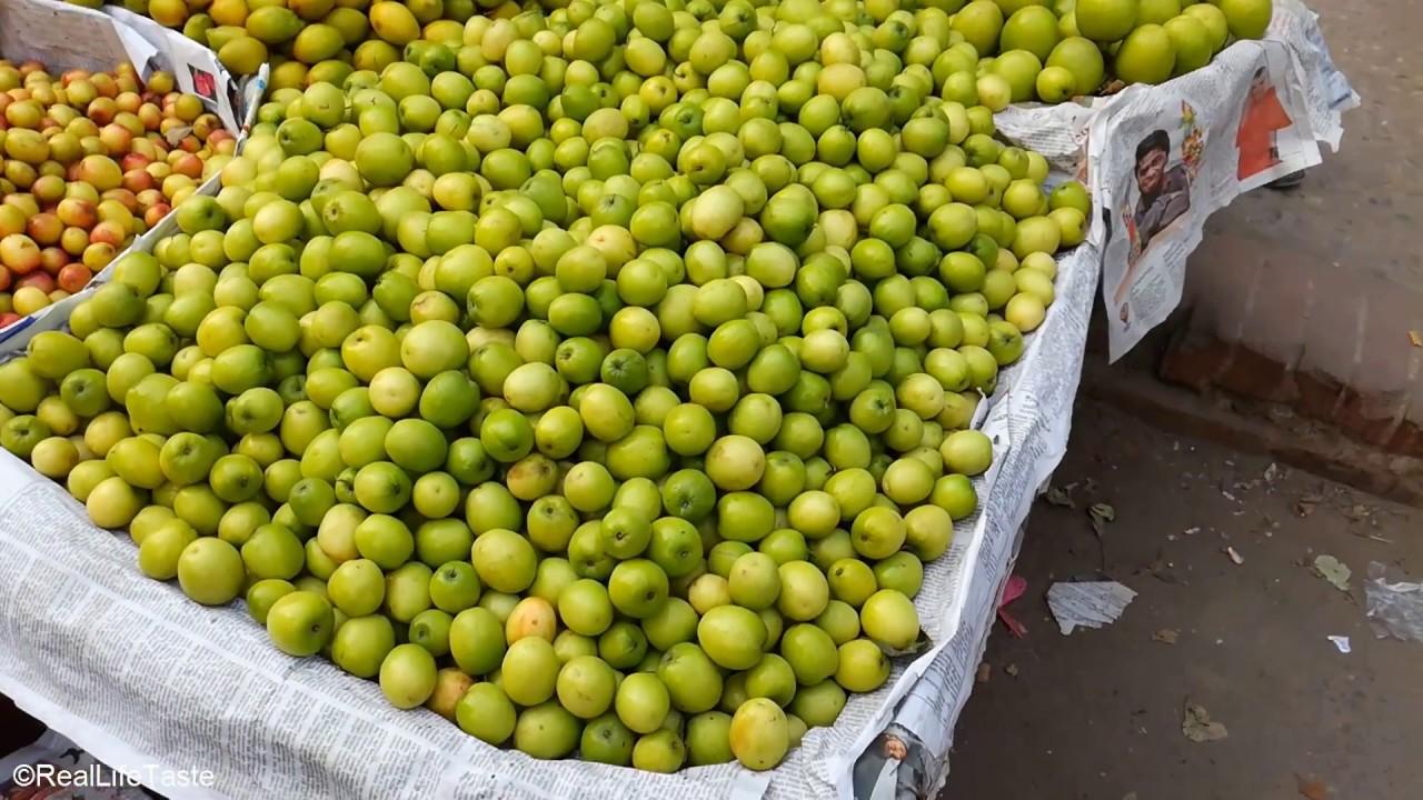 Street Fruit / Plum Market / Ripe Plum / Sour Plum / Sweet Plum / Street Fruit in Bangladesh