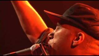 Tom Morello : The Nightwatchman  - Guerrilla Radio live 2008