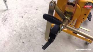 Монтаж ножного привода на ручной листогибе Metal Master LBM(, 2016-01-31T11:05:39.000Z)