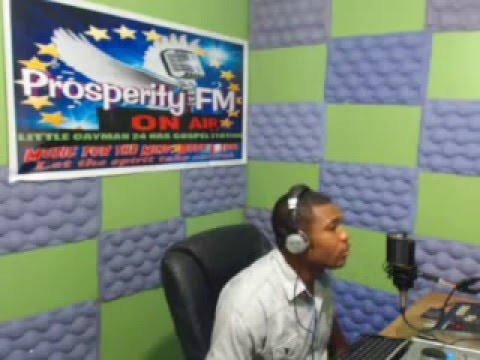 ''PRAISE WITHOUT LIMIT'' 29,12, 2013 ON PROSPERITY FM IN CAYMAN WITH DJ ROBERT