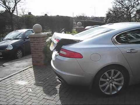Non opening Boot Lid of the Jaguar XF - YouTube