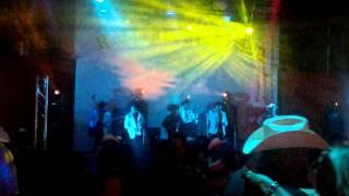 Los Supremos en el rio verde night club