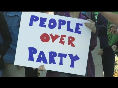 Hundreds protest U.S. Sen. Deb Fischer Tuesday
