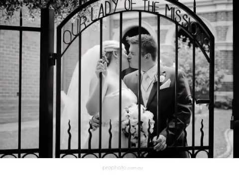 perth-wedding-photographer- -sacred-heart-church,-mercure-hotel-perth---natasha-+-anthony