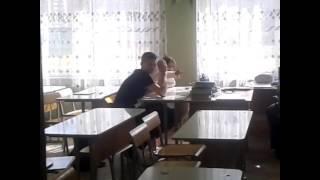 2 ненормальных  в  школе