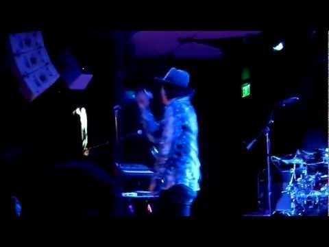 KINKY - Control - Una Linea de Luz - Los Angeles - 2013