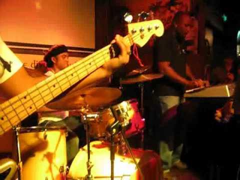hooley'2 battle of the band guangzhou China, Kersley Piron