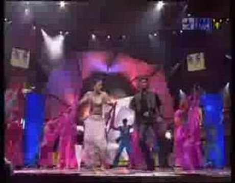 Aishwarya Rai, Abhishek & Amitabh Bachchan