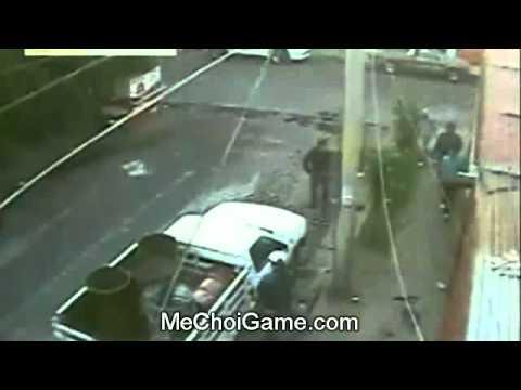 Băng nhóm xã hội đen tấn công một căn nhà